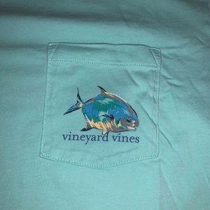 Vineyard Vines men's short sleeve shirt